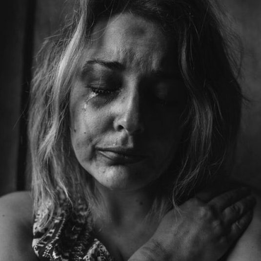 depressed woman cry